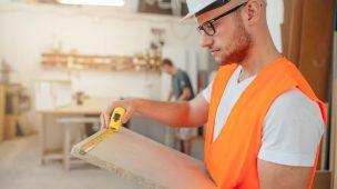 marcenaria-marceneira-marceneiro-ociosidadenaproducao-ociosidade-na-producao-carpinteiro-carpinteira-planejamento-ERP
