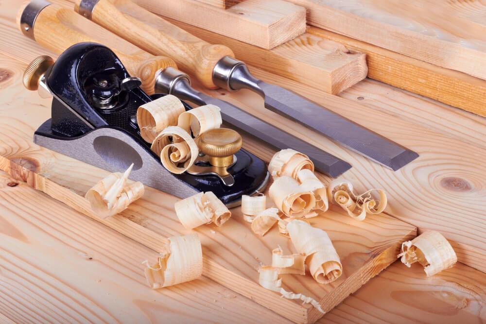 Madeira-lasca-instrumentos-para-cortar-madeira-fazer-móveis-planejados-com-metodologia-Lean-beneficios-4dicas