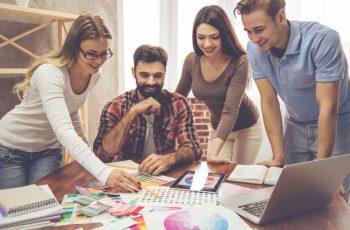 quantocustaumprojetodedesigndeinterioressaibacomoprecificar-quanto-custa-um-projeto-de-design-de-interiores-saiba-como-precificar-equipedetrabalho-equipe-de-trabalho-custodeumprojeto-custo-de-um-projeto